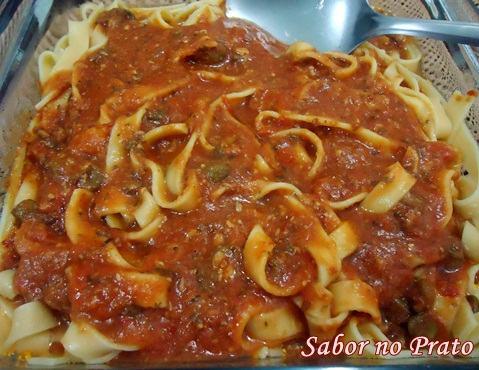Como fazer uma deliciosa macarronada com sardinha (Receita)