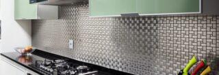 cozinha decorada com pastilhas de inox 4