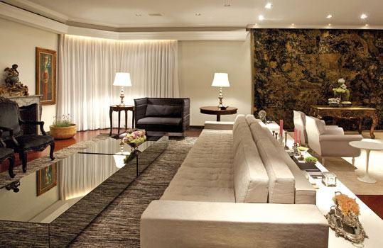 Lindos modelos de sof grande para sala grande bela feliz for Decoracion casa clasica moderna