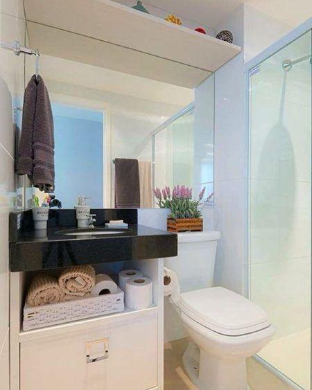 espelho-com-bancada-banheiro-simples