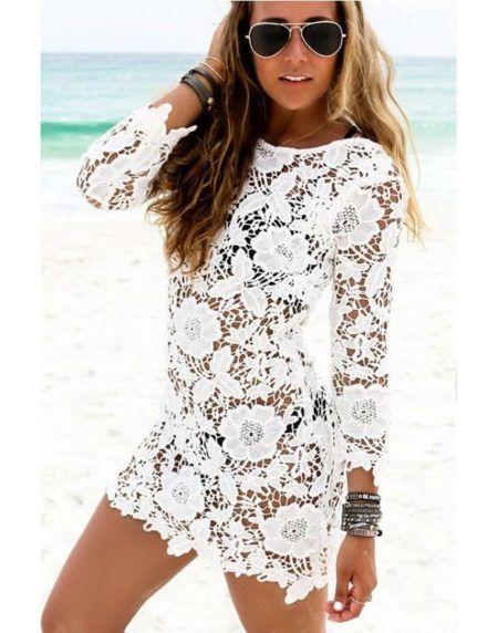 0186bd4a4 Imagem 11- Na renda guipir, esse vestido branco é uma verdadeira obra de  arte feito a mãos, peça moderna para quem deseja arrasar na praia e curtir  o mar ...