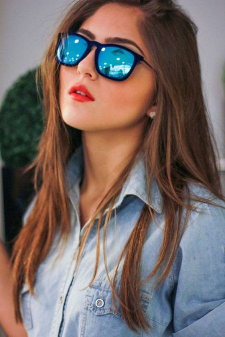 oculos-espelhado-com-camisa-jeans