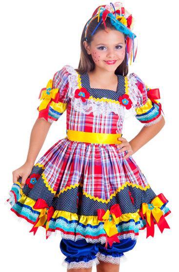 a61b0d1cc7104 Imagem 24 – Uma dica para as pequenas caipirinhas agora que também querem  um vestido bem bonito e enfeitado pra festa junina