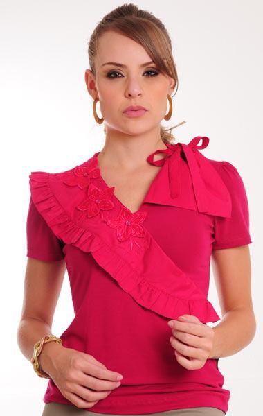 4bc8a0b88 Tecidos como as rendas, cetim, seda, malhas, chiffon, algodão, e tantos  outros tecidos aparecem tanto para modelos mais fresquinhos de verão, ...
