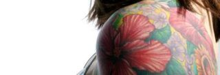 dicas de tatuagens de flores no braço