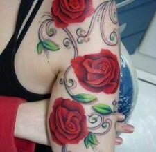 imagens de tatuagens de flores no braço