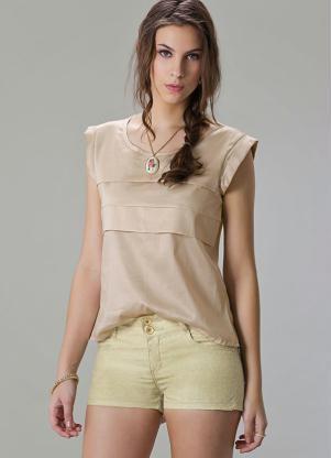 blusa de cetim bege