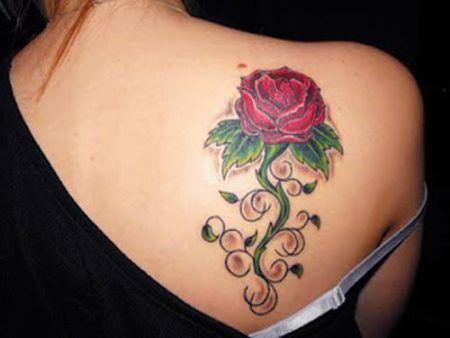 flores nas costas