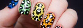 lindas unhas decoradas com estampas de animais