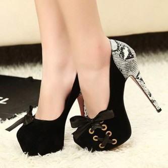 4f2dbbc80c Sapatos de salto alto, Melissa, Rafaela Coutti, Schutz, Via Uno ...
