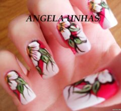 unhas decorativas com flores mexicanas 1