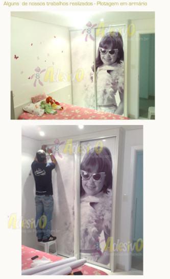 adesivos decorativos para porta de guarda roupa