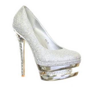 sapatos de festa prata de salto alto