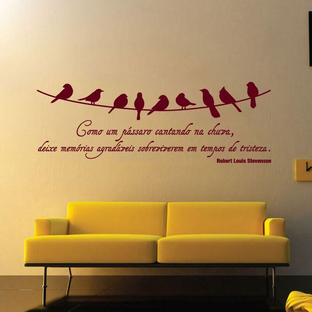Decore com adesivos de parede para quarto de casal  Bela & Feliz