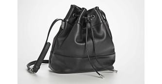 bolsas saco couro preta