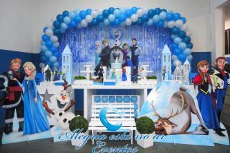 fotos de decoração aniversário infantil frozen