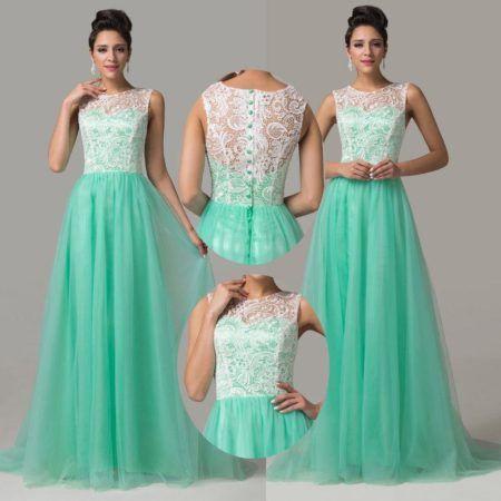 Vestido de renda verde com dourado