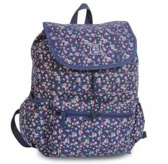 mochila escolar de costas