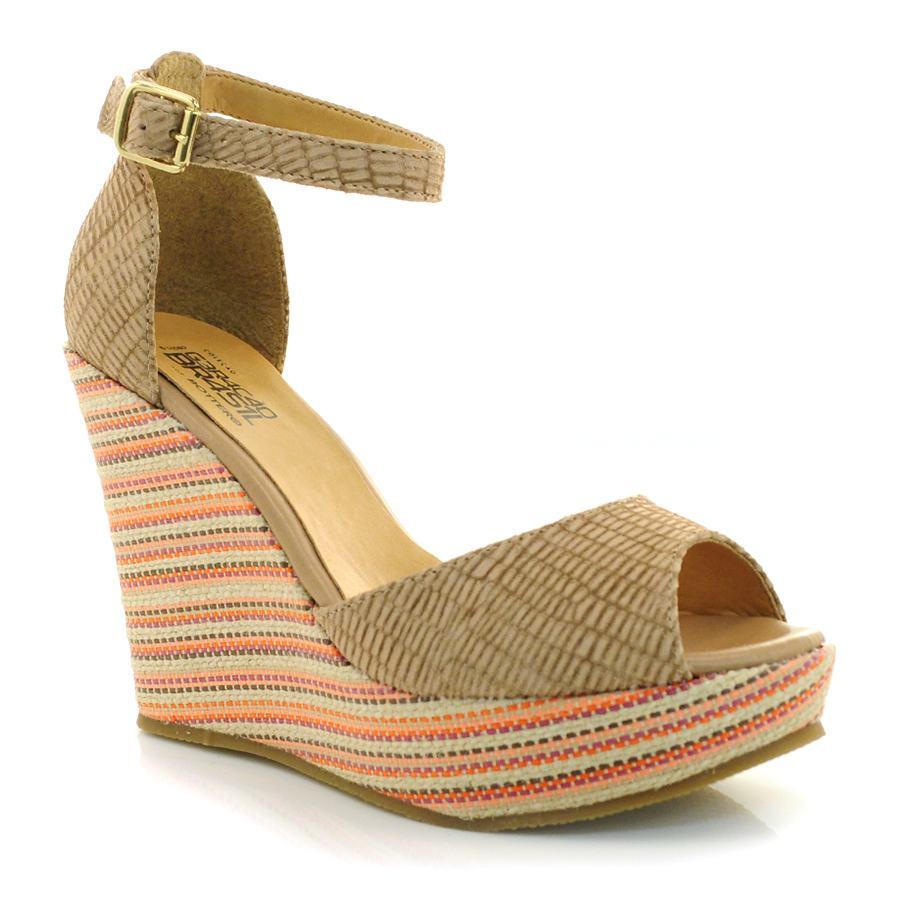7ced515c79 Conheça a mais nova coleção de sandália plataforma Bottero