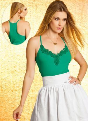 modelos de blusinhas com decote em renda