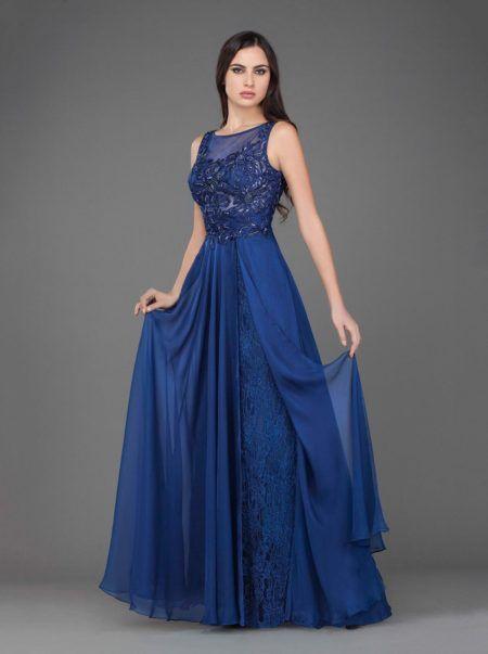 Vestido longo de renda azul claro