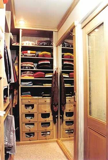 closets para guardar calcados e roupas para casal