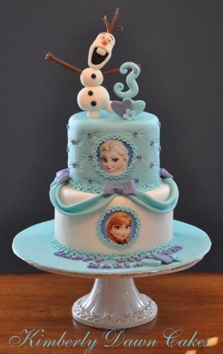 bolo frozen para aniversário com imagens e Olaf em biscuit