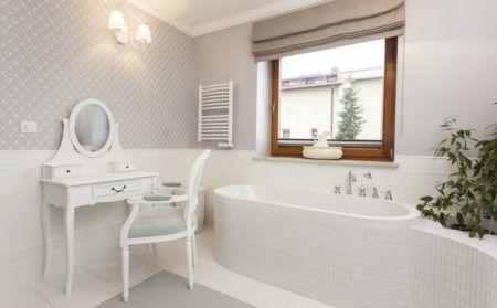 Tuscany - white bathroom