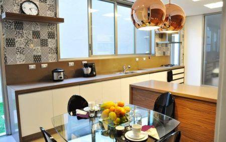 como reformar uma cozinha de madeira de uma maneira moderna