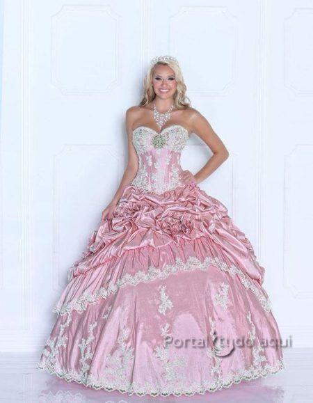 vestidos para aniversário de 15 anos modelo princesa