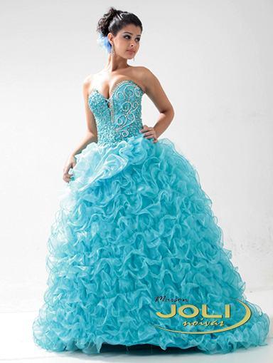 vestidos para debutantes azul com detalhes