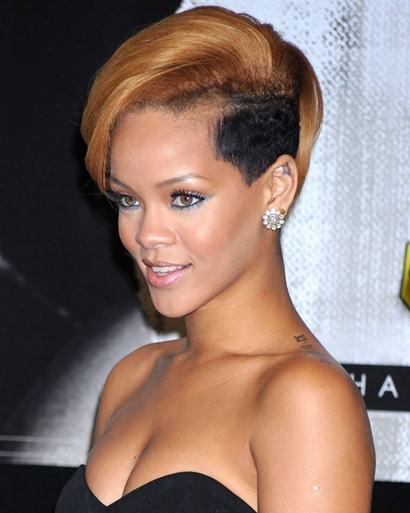 Rihanna promotes new album at Best Buy on November 23, 2009 in New York City. © Dennis Van Tine / Retna Ltd.