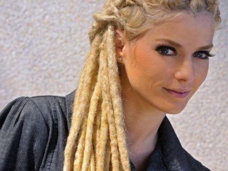 penteados-para-dreads-femininos-com-trancas