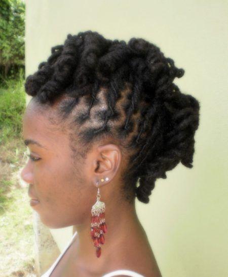 penteados-para-dreads-femininos-crespos