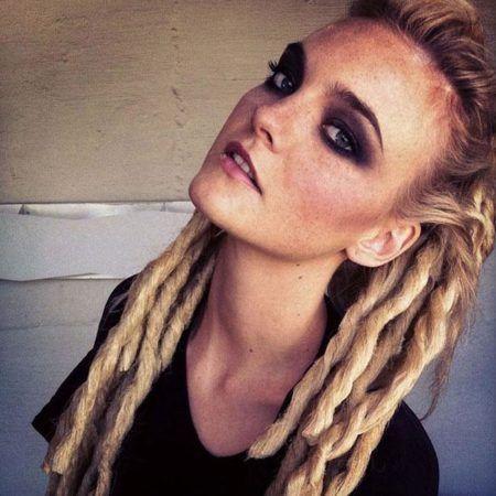 penteados-para-dreads-femininos-semi-preso