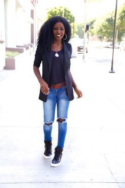 tenis-cano-alto-feminino-e-calca-jeans