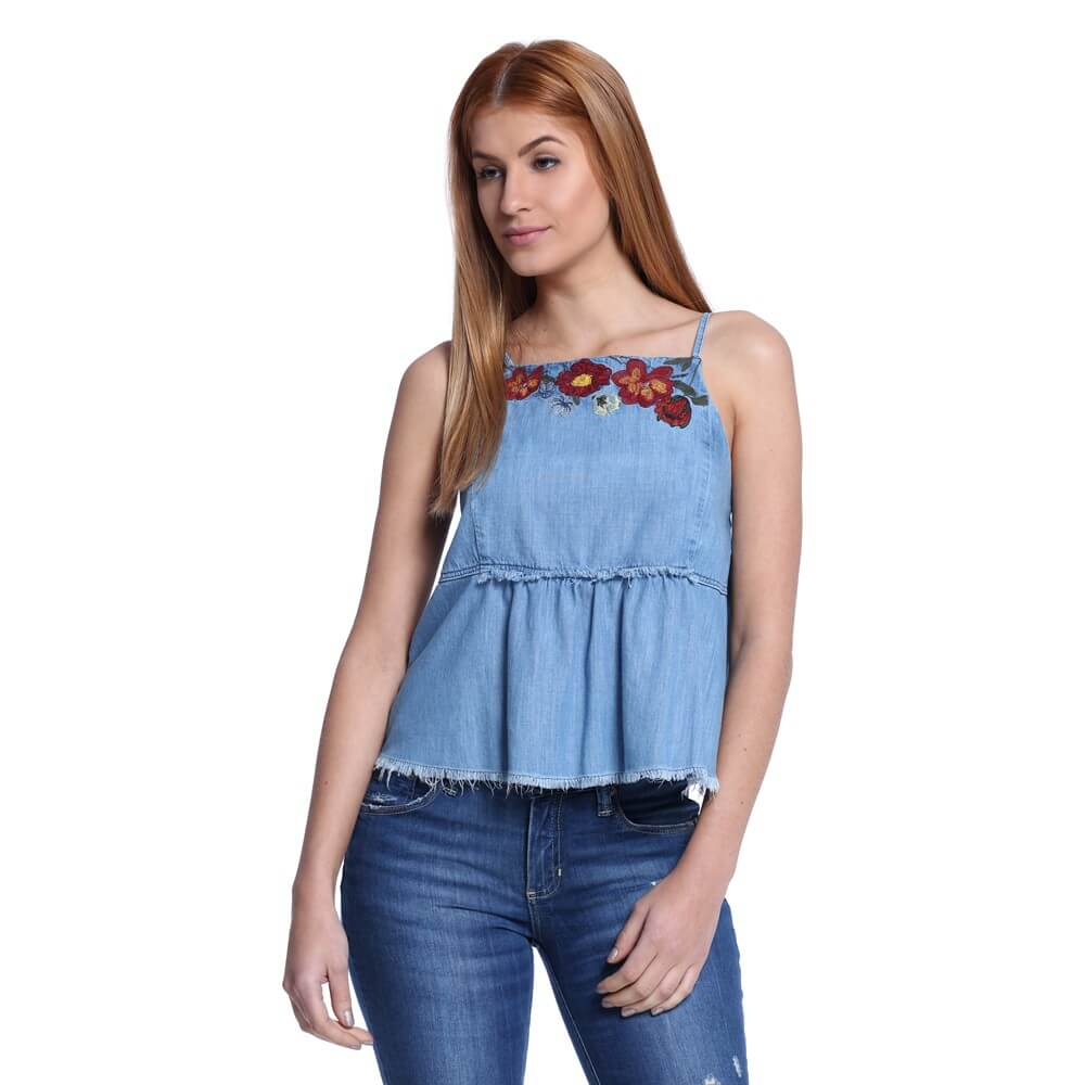 Modelos De Blusas Bordadas Chiques Que Est O Na Moda