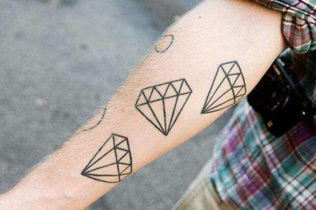 Tatuagem De Diamante Veja As áreas Do Corpo Pra Fazer Bela